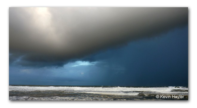 An approaching storm on the pacific coast of Corcovado National Park, Costa Rica. Budget travel