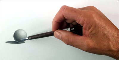 How to hold a pencil when shading. Hand in the correct position
